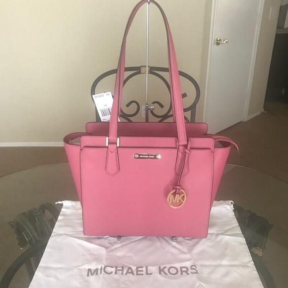 f6dafab538c5 Michael Kors Bags | Final Price Mk Medium Dee Dee | Poshmark